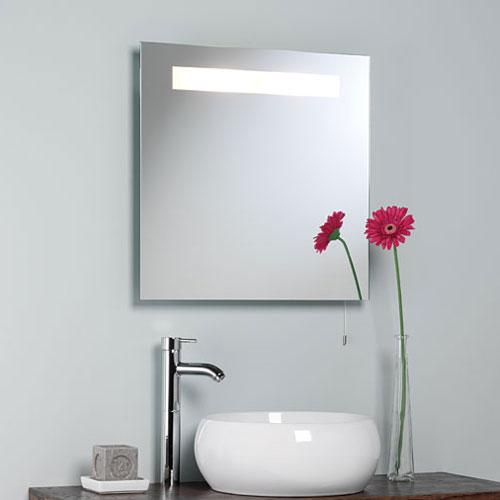 Come pulire lo specchio del bagno senza prodotti chimici